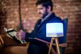 Lucis ™ wireless lamp